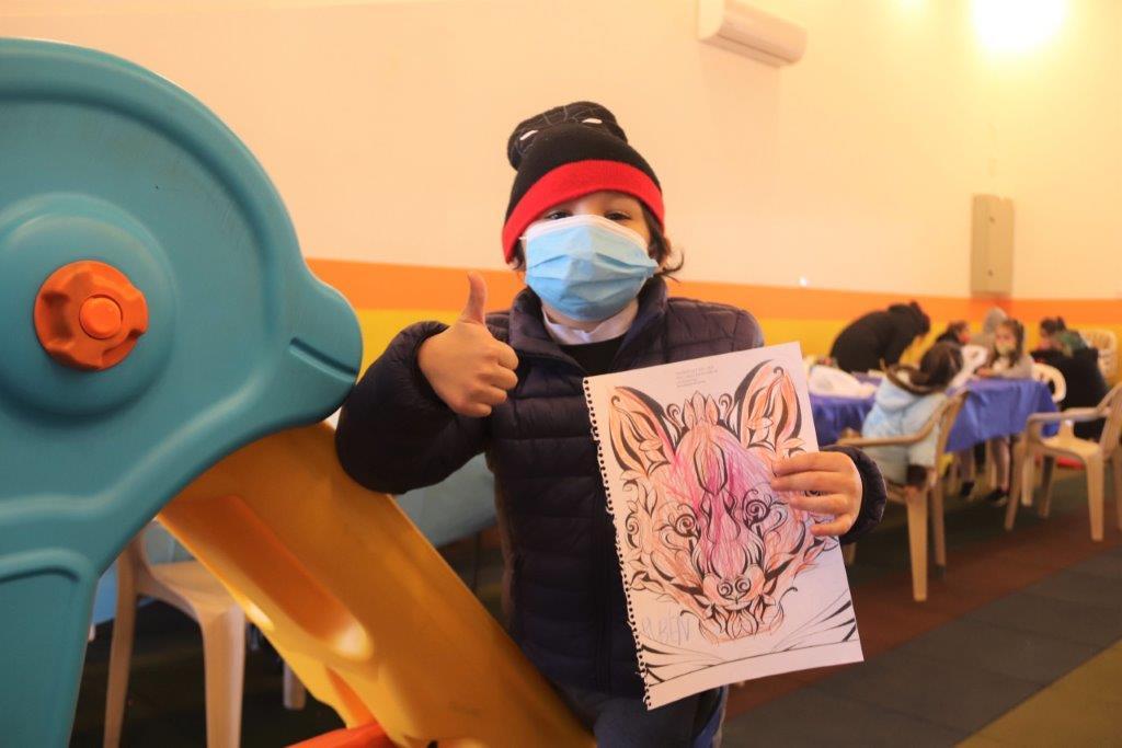 Niños disfrutaron de una colorida y divertida colonia de invierno